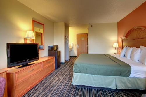 Best PayPal Hotel in ➦ Indianola (IA):