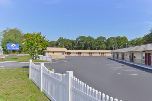 Americas Best Value Inn - Port Jefferson Station Long Island