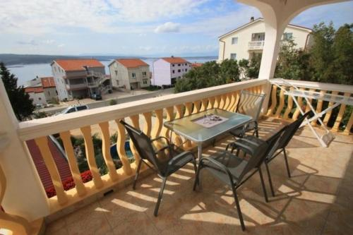 Two-Bedroom Apartment Crikvenica 21