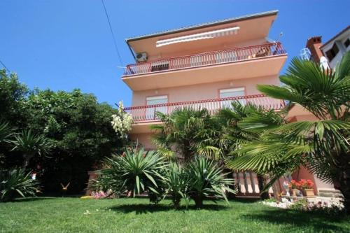 Four-Bedroom Apartment Crikvenica 3