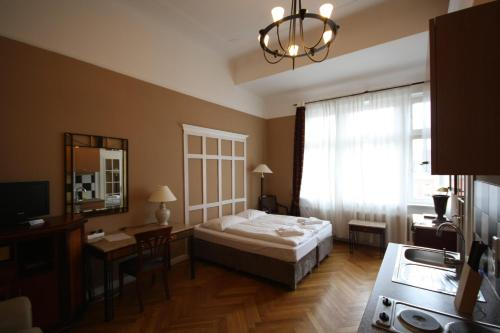 hotel maison am adenauerplatz berlin cheap flexible rates and reviews. Black Bedroom Furniture Sets. Home Design Ideas