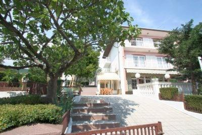 Three-Bedroom Apartment Crikvenica near Sea 7