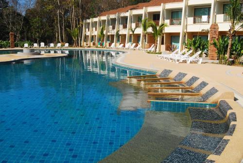 Lanta Resort HotelRoom Photo