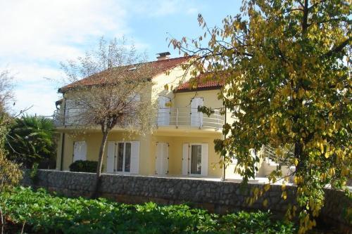Apartment in Malinska 11