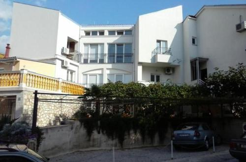 One-Bedroom Apartment in Selce I