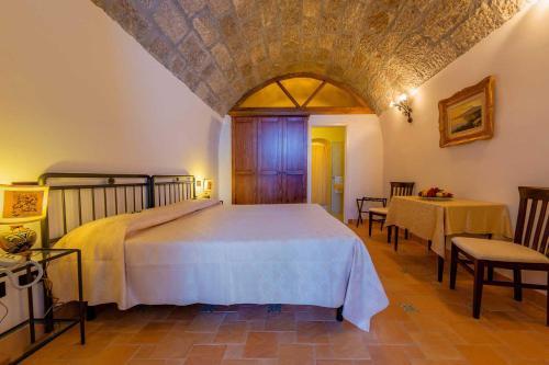 Hotel Bel Soggiorno, Taormina, Sicily | RentByOwner.com - Rentals ...