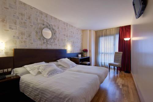 Отель Hotel Castro Real 3 звезды Испания