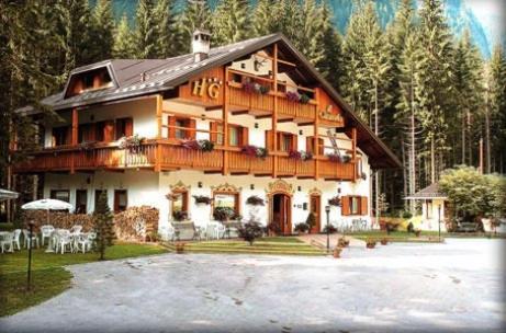 foto Hotel Garnì Il Cirmolo (Rocca Pietore)