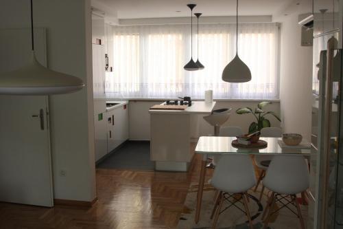 Отель Apartment Epicentar 0 звёзд Босния иГерцеговина