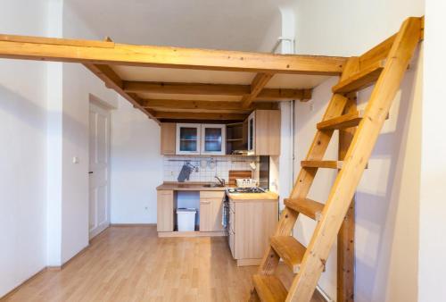 Cozy Small Apartment Mal� Strana