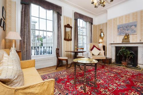 Veeve - Four Bed House Warwick Way Pimlico