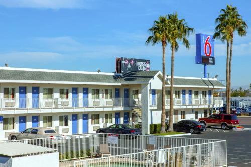 Motel 6 Phoenix Airport - 24th Street AZ, 85034