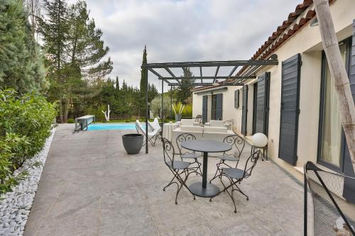 Charming house near the centre of Aix