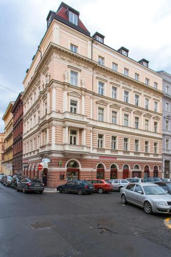 Prague Apartment V Lesicku 8
