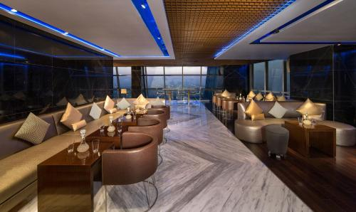 Jumeirah at Etihad Towers Residence photo 23