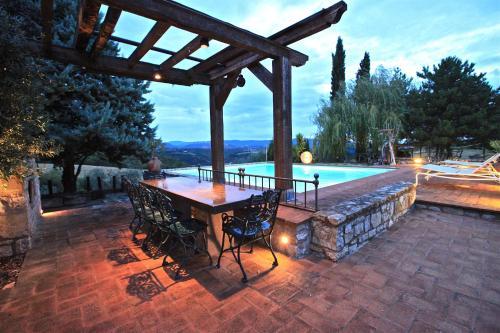 La Credenza San Venanzo : Hotels near parco e museo vulcanologico di san venenzo
