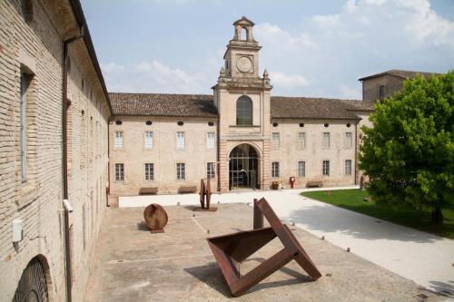 Отель Locanda Abbazia di Valserena - CSAC 0 звёзд Италия