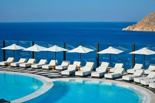 Royal Myconian Resort & Villas