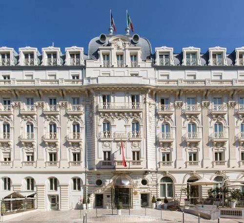5 starts hotel in Nice