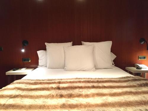 Suite con chimenea y acceso al spa Hotel Del Lago 2
