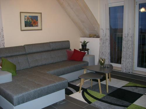 Divu guļamistabu apartaments ar terasi (Two-Bedroom Apartment with Terrace)