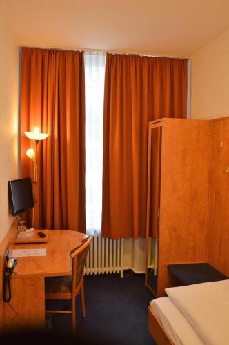 Steens Hotel photo 22