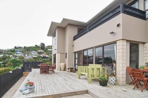 Harbour Lodge