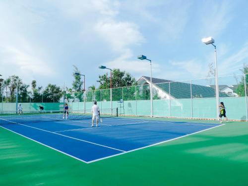 Carmelina Beach Resort, Ho Tram