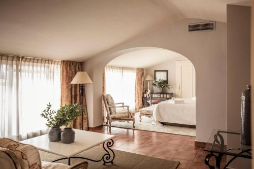 Suite Grand El Rodat Hotel Village Spa 1