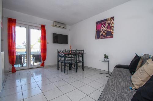 Apartments Silva 1843