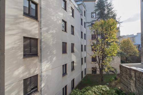 Foch Elysées Apartment