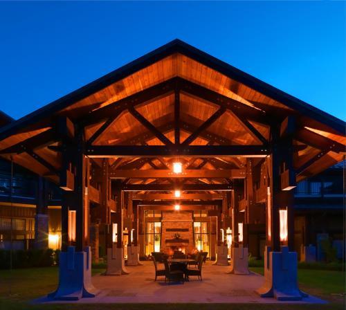 Sunrise Ridge Waterfront Resort, Parksville, BC, Canada