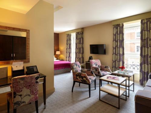 The Mandeville Hotel - image 24