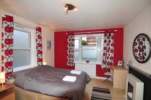 Stuart Rooms