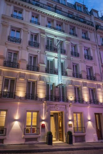 Magda champs elys es ex royal magda etoile h tel 7 for Hotels 75017