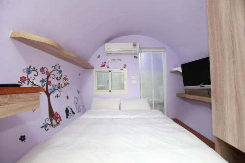 Малка двойна стая (Small Double Room)