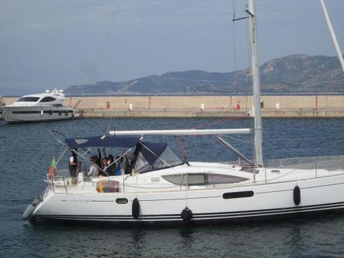 Overjoyed Boat & Breakfast - Bed and Breakfast Sardinia South East Coast