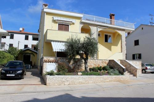 Apartment in Porec with Two-Bedrooms 3