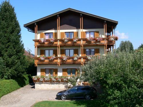 Gästehaus Sapetschnig - Apartment mit 2 Schlafzimmern mit Balkon