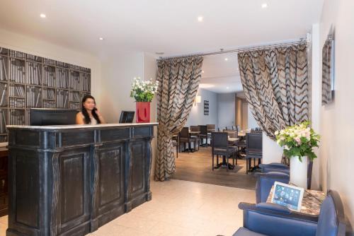 acacias etoile h tel 11 rue des acacias 75017 paris adresse horaire. Black Bedroom Furniture Sets. Home Design Ideas