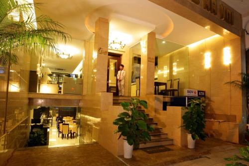 boss legend hotel hanoi