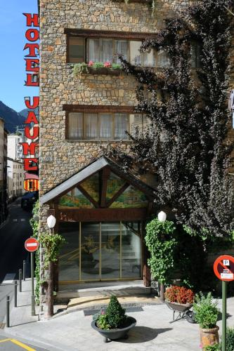 Andorra La Vella Hotels, Andorra: Great savings and real