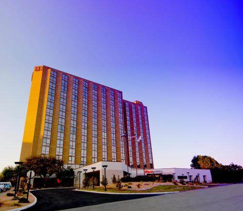 Hilton Arlington - Promo Code Details