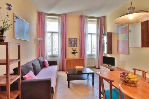 Wonderful apartment in Vinohrady