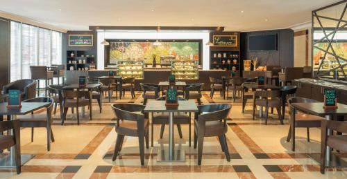 Four Points by Sheraton Bur Dubai photo 62