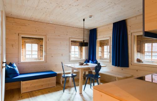 Alfenalm - Ferienwohnungen am Berg - Giatla Haus