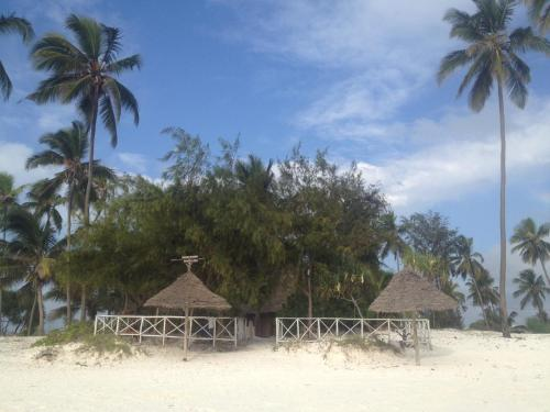Mohammed Bungalows and Restuarant