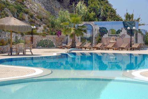 Отель Hotel Residence Tramonto 4 звезды Италия
