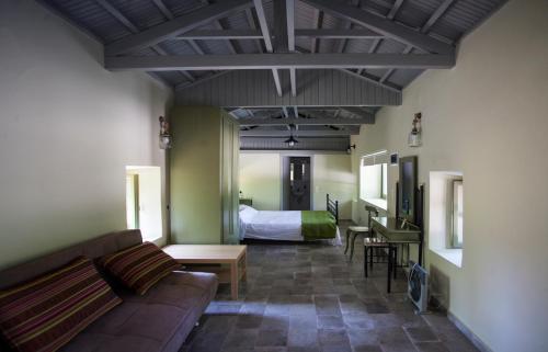 Chalantra Residence