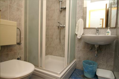 Apartments Viskovic 762